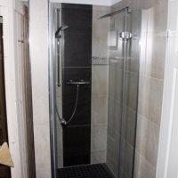 Bild Bad mit Dusche und Sauna